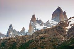 阿根廷fitz glaciares los挂接np roy 免版税库存照片