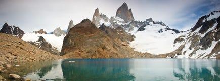 阿根廷fitz glaciares los挂接np roy 免版税图库摄影