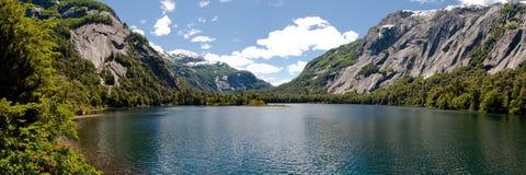 阿根廷huapi湖nahuel全景 图库摄影