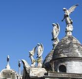 阿根廷-布宜诺斯艾利斯-在La Recoleta占姆的葬礼雕塑 免版税库存照片