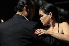 阿根廷探戈舞蹈家和音乐家 库存照片