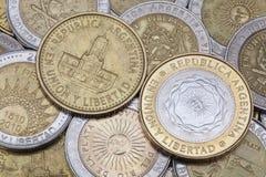 从阿根廷的各种各样的硬币 免版税库存图片