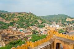 阿梅尔,印度- 2017年9月19日:老结构的美丽的景色在宫殿里面的琥珀色的堡垒的,位于  免版税图库摄影