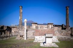 阿波罗寺庙在庞贝城 免版税库存照片