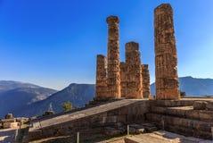 阿波罗寺庙废墟在古老特尔斐 免版税库存照片