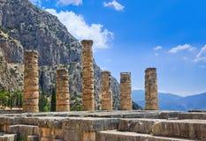 阿波罗寺庙废墟在特尔斐,希腊 图库摄影