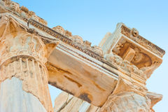 阿波罗教堂在土耳其,边废墟 免版税库存照片