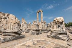 阿波罗教堂看法在古色古香的市Didyma 免版税库存照片