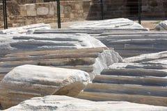 2阿波罗s寺庙 在边的古老废墟 免版税图库摄影