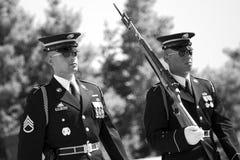 阿灵顿墓地更改卫兵 库存照片