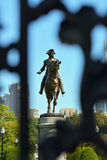 从阿灵顿门的乔治・华盛顿雕象 库存图片