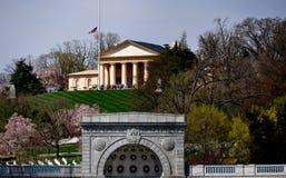 阿灵顿, VA :对阿灵顿议院的看法 库存图片