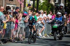 阿珀尔多伦,荷兰2016年5月6日;在意大利的游览的第一阶段的专业骑自行车者2016年 免版税库存照片
