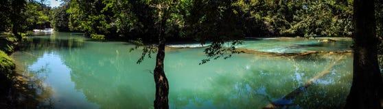 阿瓜Azul全景,恰帕斯州,墨西哥 库存图片