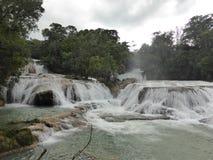 阿瓜Azul瀑布 库存照片