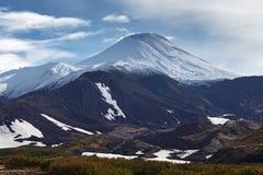 阿瓦恰火山火山-堪察加半岛活火山  免版税图库摄影