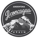 阿空加瓜在安地斯,阿根廷室外冒险徽章 高山例证 皇族释放例证