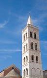 阿纳斯塔西娅响铃大教堂zadar st的塔 库存照片