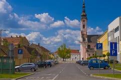 阿维拉和教会方形的圣特里萨在Pozega 免版税库存照片