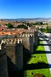 阿维拉市著名中世纪老西班牙墙壁 免版税库存照片