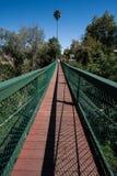 阿罗约重创的吊桥在加利福尼亚 库存照片