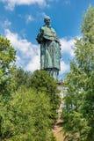 阿罗纳,湖maggiore,意大利 圣克罗Borromeo 17世纪Sancarlone或巨人是其中一个在worl的最高的雕象 库存照片