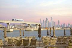 阿联酋,单轨铁路车的看法从亚特兰提斯旅馆的在迪拜 库存图片