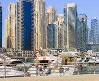 阿联酋, 04 07 2014年,迪拜,社论,迪拜小游艇船坞 免版税库存照片