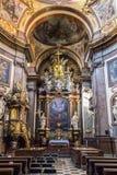 阿西西教会圣法兰西斯内部在布拉格 库存图片