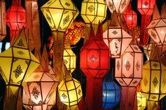 阿西西灯笼在晚上 免版税库存照片