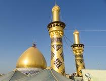 阿訇侯赛因寺庙在卡尔巴拉 免版税图库摄影