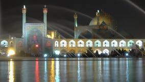 阿訇面具,伊斯法罕,伊朗:伊斯兰教伊朗建筑学是相同的象贝多芬音乐:镇静剂和壮观 e0 库存图片