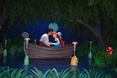 阿里埃勒和埃里克亲吻-不可思议的王国华特・迪士尼世界 免版税库存照片