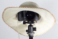 阿里埃勒- 07, 2017年3月:1dx佳能与斯格码15mm的eos照相机len 库存图片