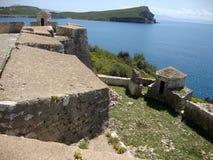 阿里・帕夏・塔帕雷奈堡垒,巴勒莫村庄,阿尔巴尼亚语里维埃拉 免版税图库摄影