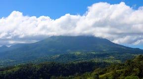阿雷纳尔在哥斯达黎加中美洲volcan激活的密林火山 免版税库存图片