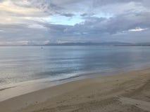 阿雷纳尔海滩在早晨 库存照片