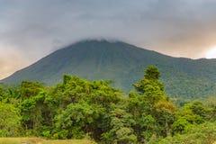阿雷纳尔火山哥斯达黎加 免版税库存照片