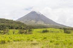 阿雷纳尔火山视图在哥斯达黎加 免版税图库摄影