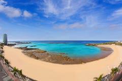 阿雷西费兰萨罗特岛Playa del Reducto海滩 免版税库存照片