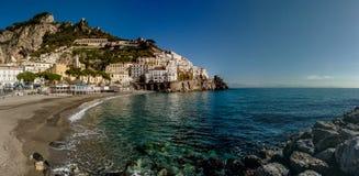 阿马飞美好的海岸视图在南意大利 免版税图库摄影