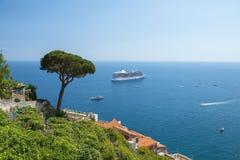 阿马飞,萨莱诺,意大利海湾  免版税库存图片