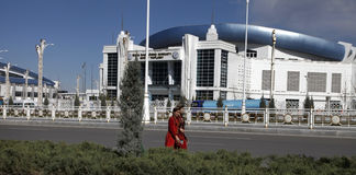 阿什伽巴特,土库曼斯坦- 2017年4月6日 一部分的体育compl 库存照片