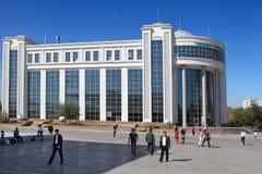 阿什伽巴特,土库曼斯坦- 2014年10月15日 中心内部购物中心购物 免版税库存照片