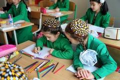 阿什伽巴特,土库曼斯坦- 2014 11月4日A小组学生在 免版税图库摄影