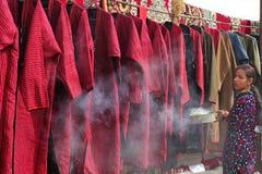 阿什伽巴特,土库曼斯坦- 3月09 年轻unidentifi画象  库存图片