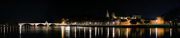 阿维尼翁全景在夜之前 免版税库存照片