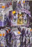 阿维尼翁纪念品小的大袋用淡紫色 库存照片