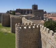 阿维拉市墙壁-西班牙 库存照片