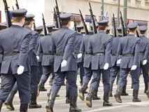 陆军前进的官员游行 库存图片